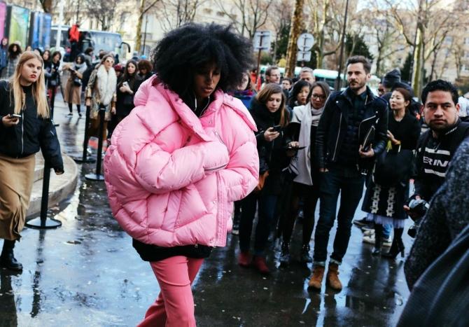 1 15 Zašto smo odjednom opsednuti trendom oversize jakni