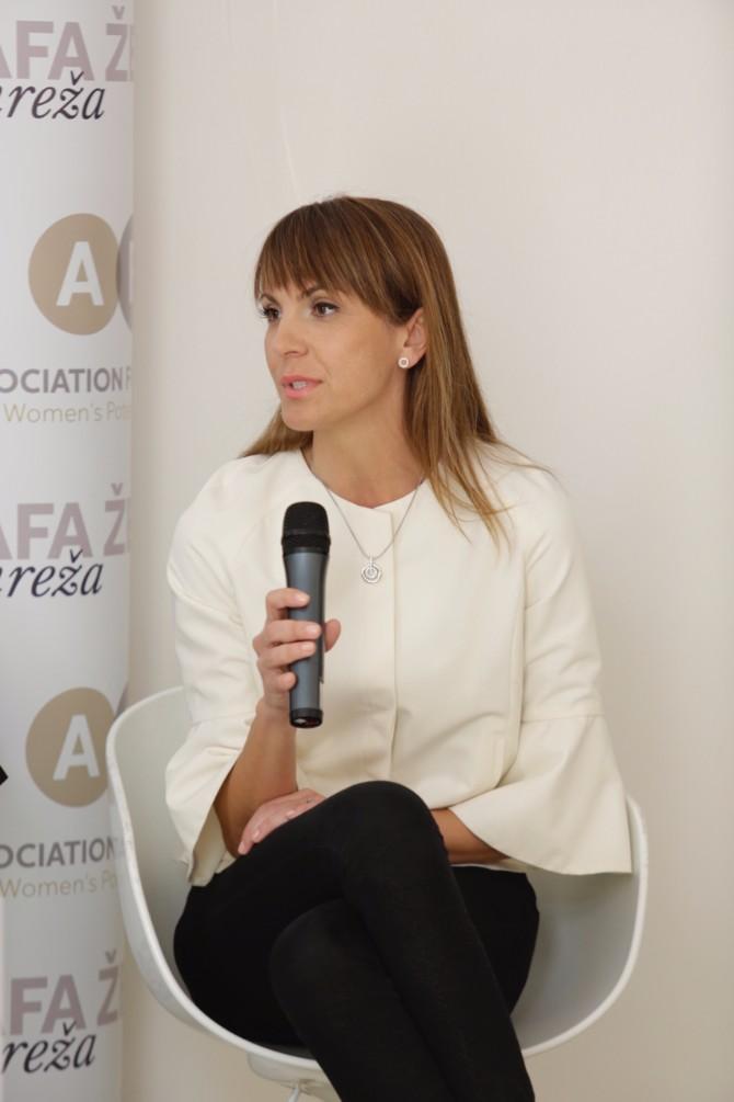Vesna Damjanić RTS Prvi Samit ženskog liderstva na temu Digitalizacija i tehnološke inovacije kao šansa za brži razvoj društva i aktivniju ulogu žena