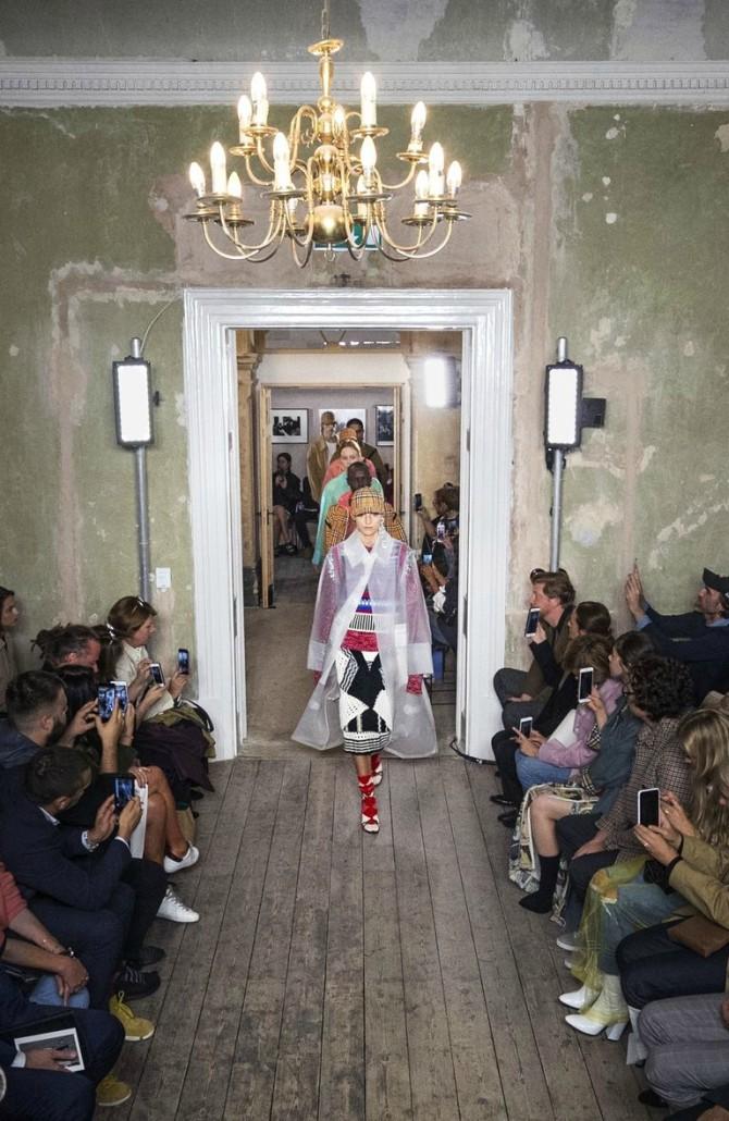 burberry lfw Njujork, London, Milano, Pariz: Najbolji momenti sa Nedelja mode (1. deo)