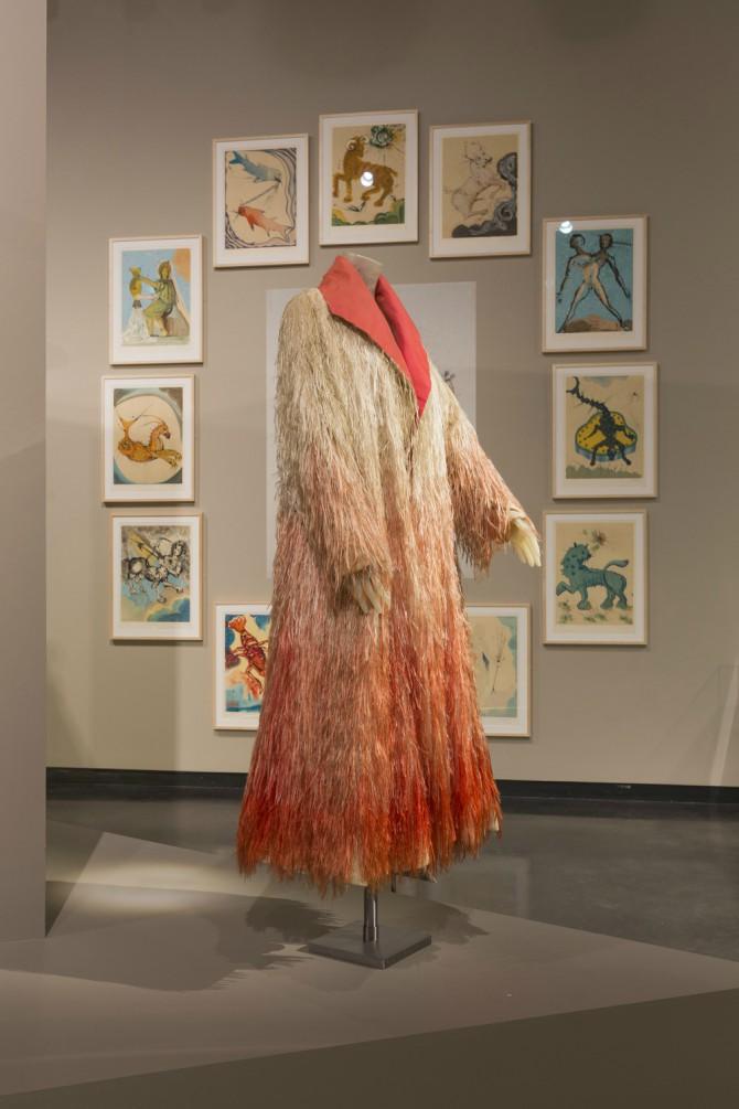dali i speareli Dali i Šepareli su izmislili saradnju u modnom svetu, a nova izložba slavi njihov šokantan rad