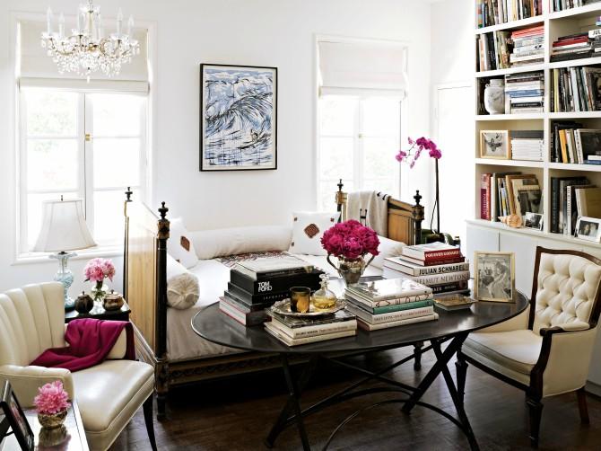 dekoracija stana knjigama 1 Dekoriši stan kao cool Francuskinja