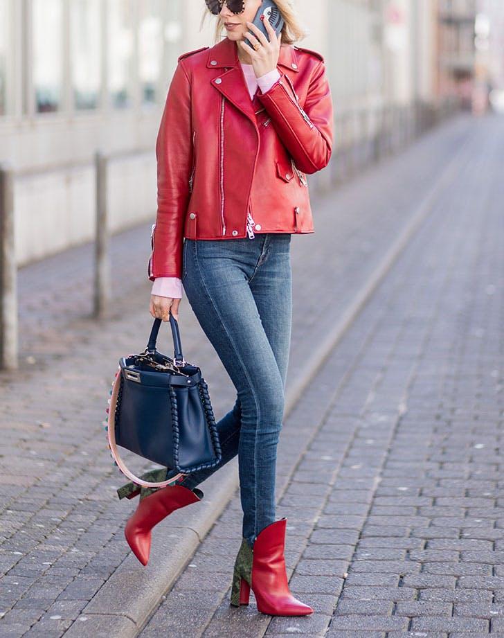 kožna jakna skinny džins 8 načina da nosiš kožnu jaknu kao Njujorčanka