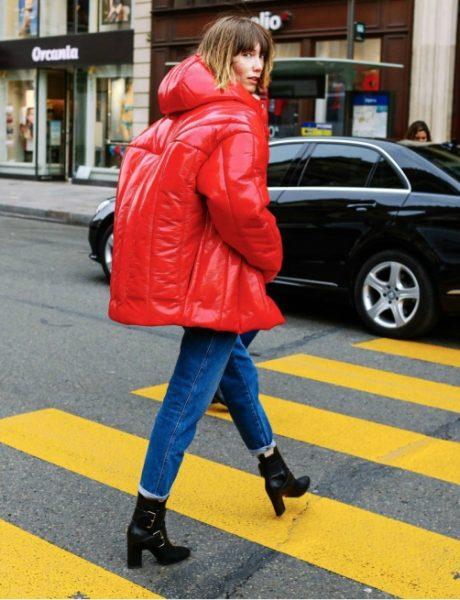 """Zašto smo odjednom """"opsednuti"""" trendom oversize jakni"""