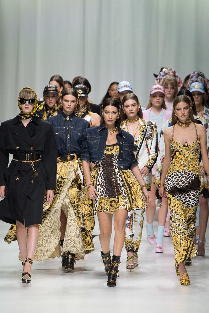 versace fashion show in milan spring 2018 Njujork, London, Milano, Pariz: Najbolji momenti sa Nedelja mode (2. deo)