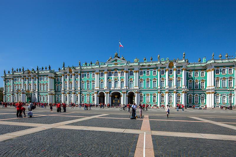 winter palace on palace square in st petersburg Svetski muzeji koje treba da posetiš: Ermitaž (carske dvorane)
