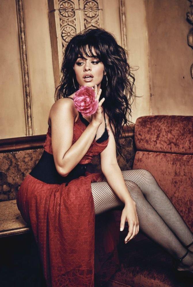GUESS JEANS HOLIDAY 2017 H10 Camila Cabello u novogodišnjoj kampanji za Guess Jeans