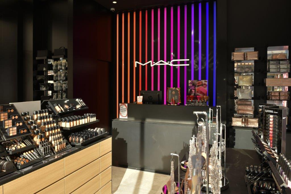 mac 2 Otvorena je prva MAC Cosmetics radnja u Novom Sadu
