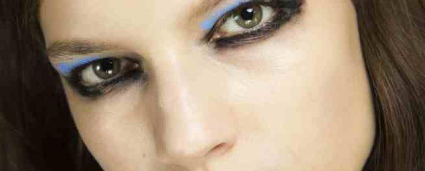 #ShadesOfBlue: Modni dizajneri najavili najveći makeup trend sezone