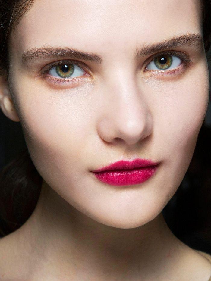 sminka 2 Predlozi za party makeup look koje treba da isprobaš ove sezone