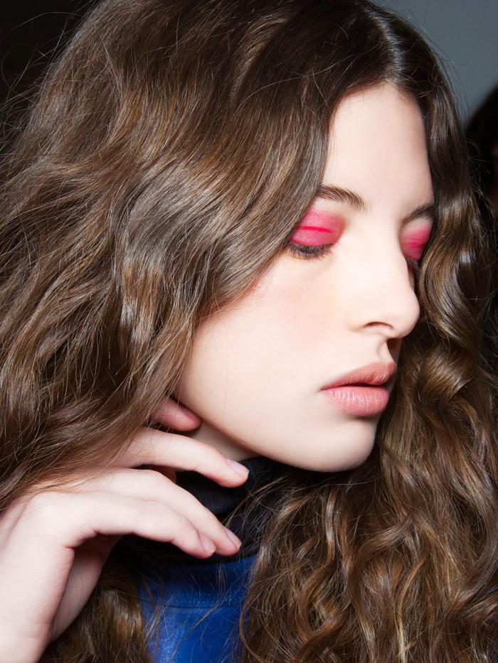 sminka 3 Predlozi za party makeup look koje treba da isprobaš ove sezone