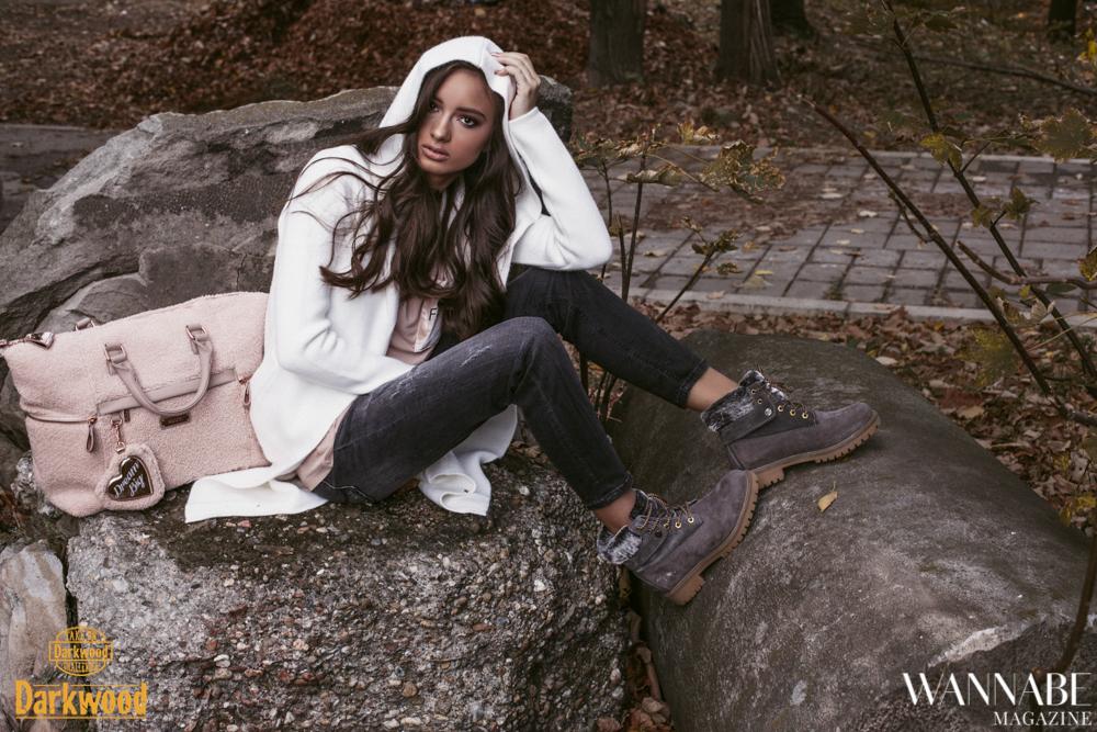 5 Roze + siva: Kako da nosiš jednu od najatraktivnijih kombinacija boja kao Jana Dačović