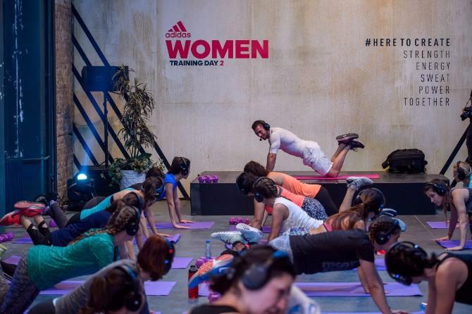 Fotografija 10 Više od 500 žena na Adidas trening danu