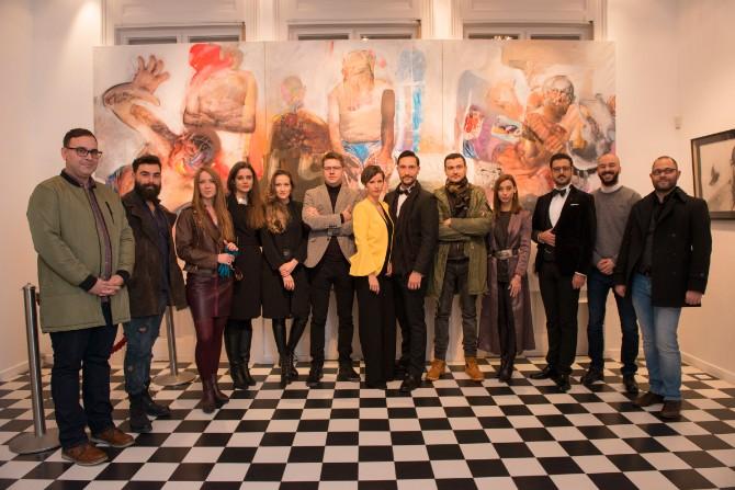 Organizatori i umetnici Foto Natalija Miladinović Otvorena prva VR umetnička izložba u Beogradu