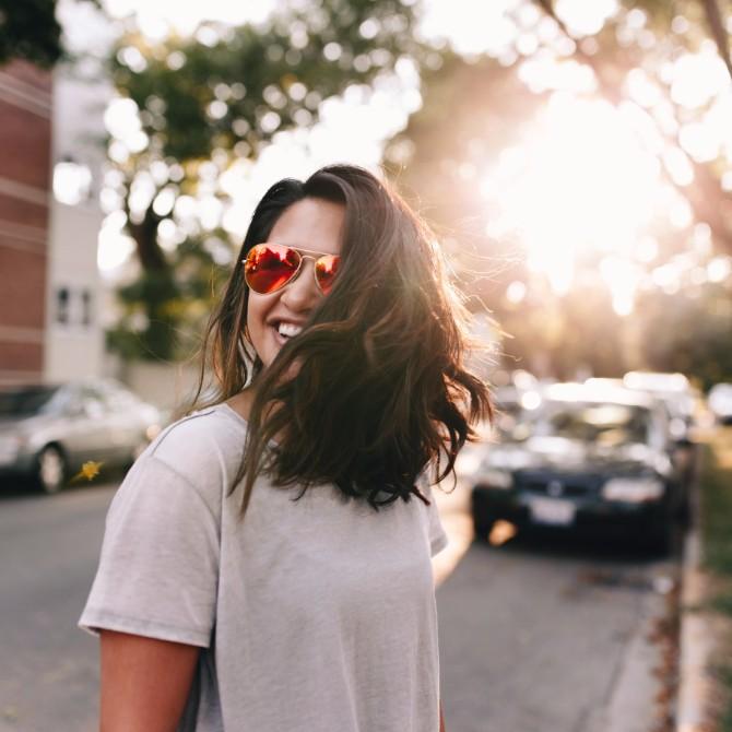 happy 2 Stvari koje treba da prestaneš da radiš ako želiš da budeš srećna