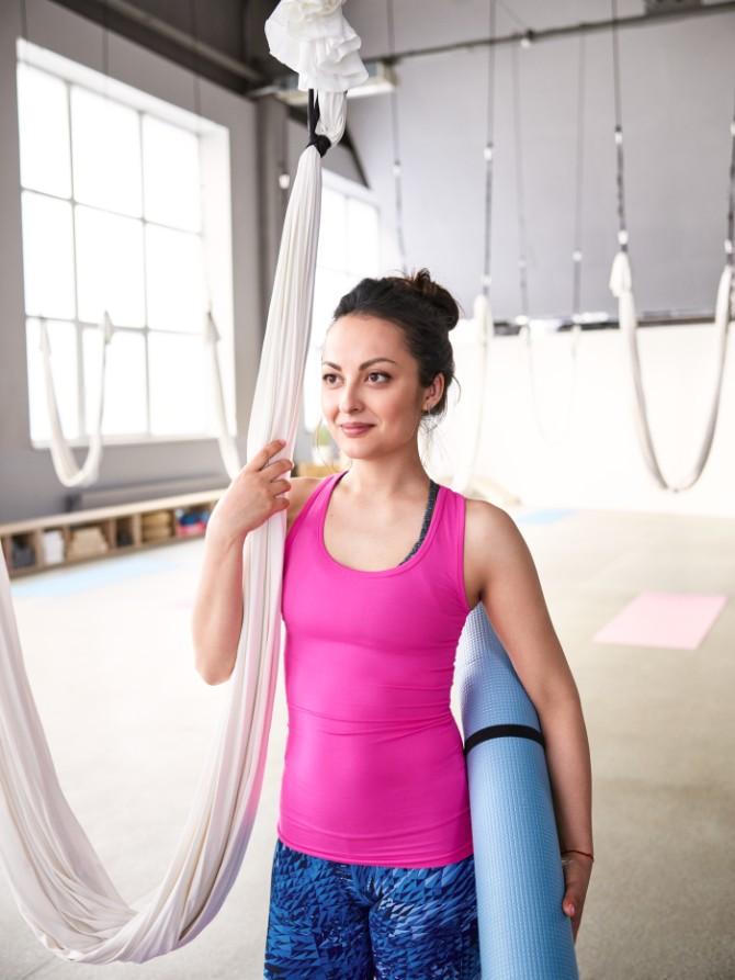 170418 Libresse 30805 3 yoga poze za odvažan dan