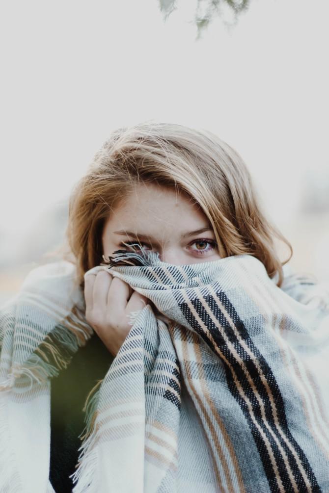 devojka 1 Pogrešna ubeđenja o menstruaciji i kontracepciji