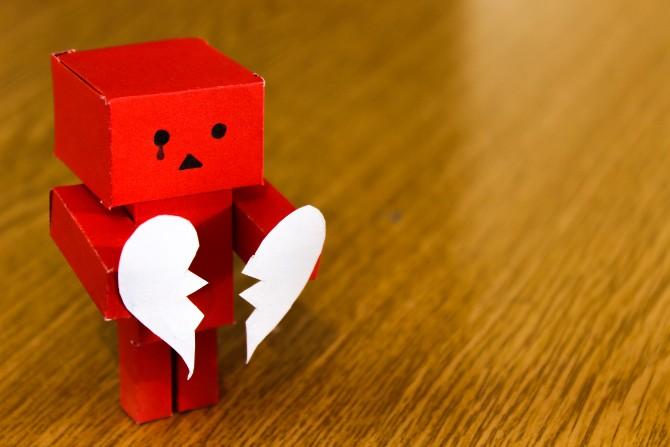pexels photo 14303 Kad ti neko slomi srce   normalno je da je sve nenormalno