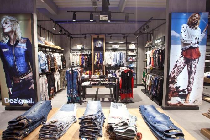1 4 1 Otvoren prvi Fashion&Friends outlet store u Inđiji