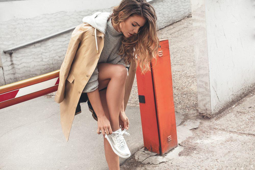 1 2 Tri sporty chic načina da nosiš patike ovog proleća kao Nina Seničar