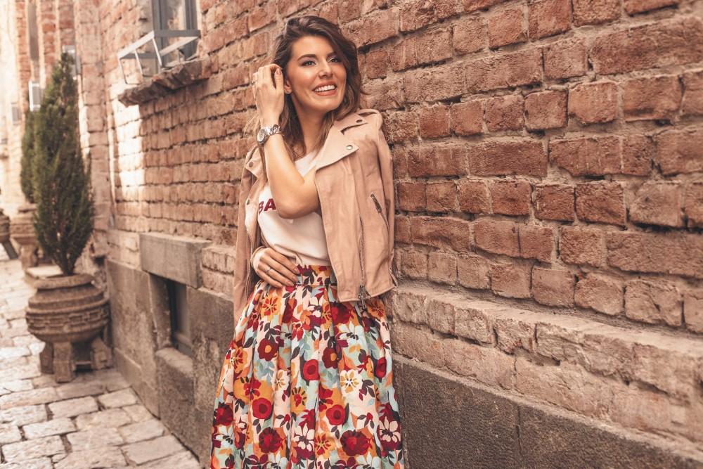 10 1 Prolećna styling formula: Hrabri printovi i jarke boje