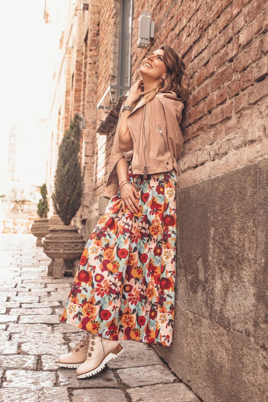 12 1 Prolećna styling formula: Hrabri printovi i jarke boje