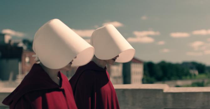 sluškinjina priča 1 Zašto je serija Sluškinjina priča toliko relevantna danas i kako pomaže ženama da se (iz)bore za svoja prava
