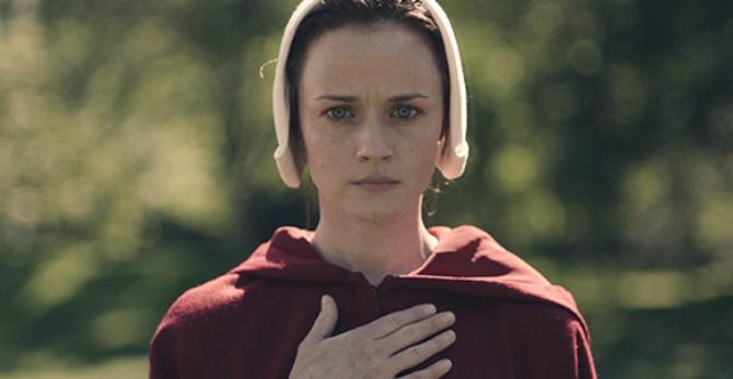 sluškinjina priča 2 Zašto je serija Sluškinjina priča toliko relevantna danas i kako pomaže ženama da se (iz)bore za svoja prava
