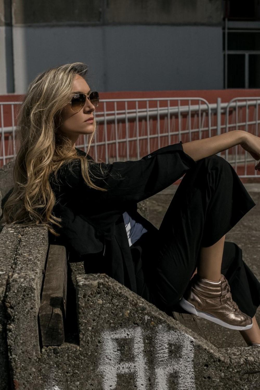 """14 Jelena Gavrilović o modi, trendovima i stilu: """"Patike su postale moj novi modni fetiš!"""" (INTERVJU)"""