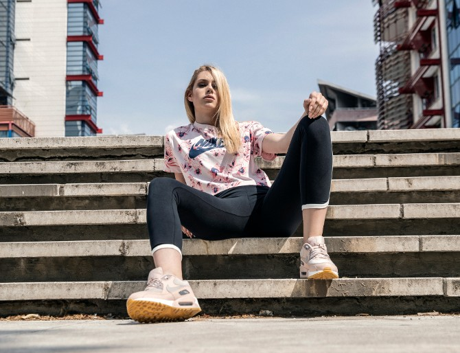 16 1 Anastasija Grujić otkriva omiljeni par obuće koji se može kombinovati za sve prilike
