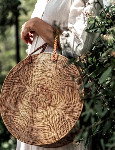 Ultimativni letnji trend: Pletene korpa torbe