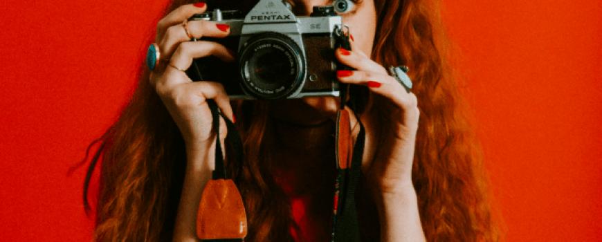 Korenska čakra – crveno je boja uzemljenja