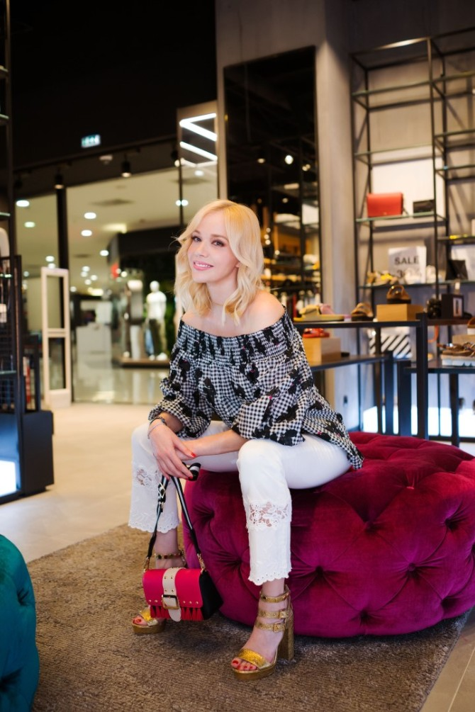 Liu Jo FashionFriends Jelena Rozga SS2018 3 1 Romantično i seksi proleće Jelene Rozge