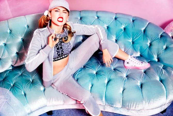 MILEY STARBURST KEYLOOK2 SOLO SKU 0958 Nova saradnja : Converse i Miley Cyrus