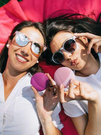 #BFFOREO FOTO-KONKURS: Budi zvezda modnog editorijala sa svojom najboljom drugaricom i osvojite LUNA play plus!