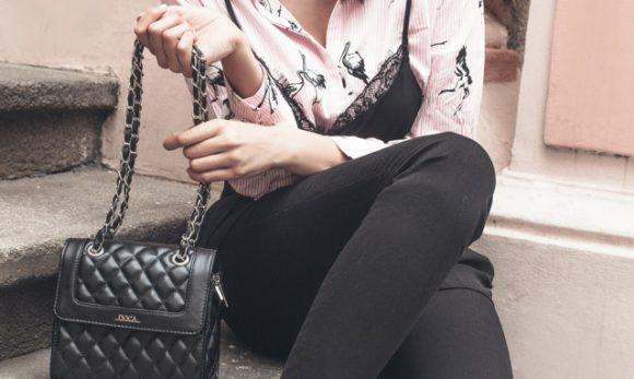 Obuci odmah: Interesantan layering trik za kada ti majica + jeans dosade!