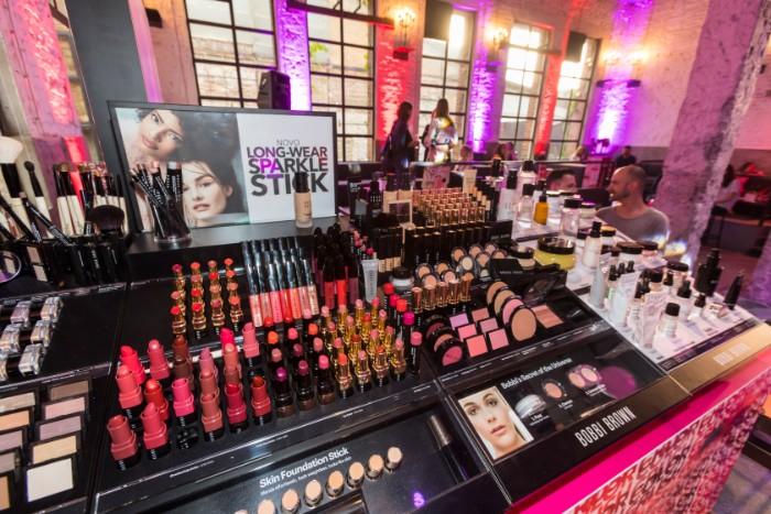 3 2 Bobbi Brown u Srbiji: Pogledaj KO je sve bio na promociji čuvenog makeup brenda!