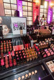 Bobbi Brown u Srbiji: Pogledaj KO je sve bio na promociji čuvenog makeup brenda!
