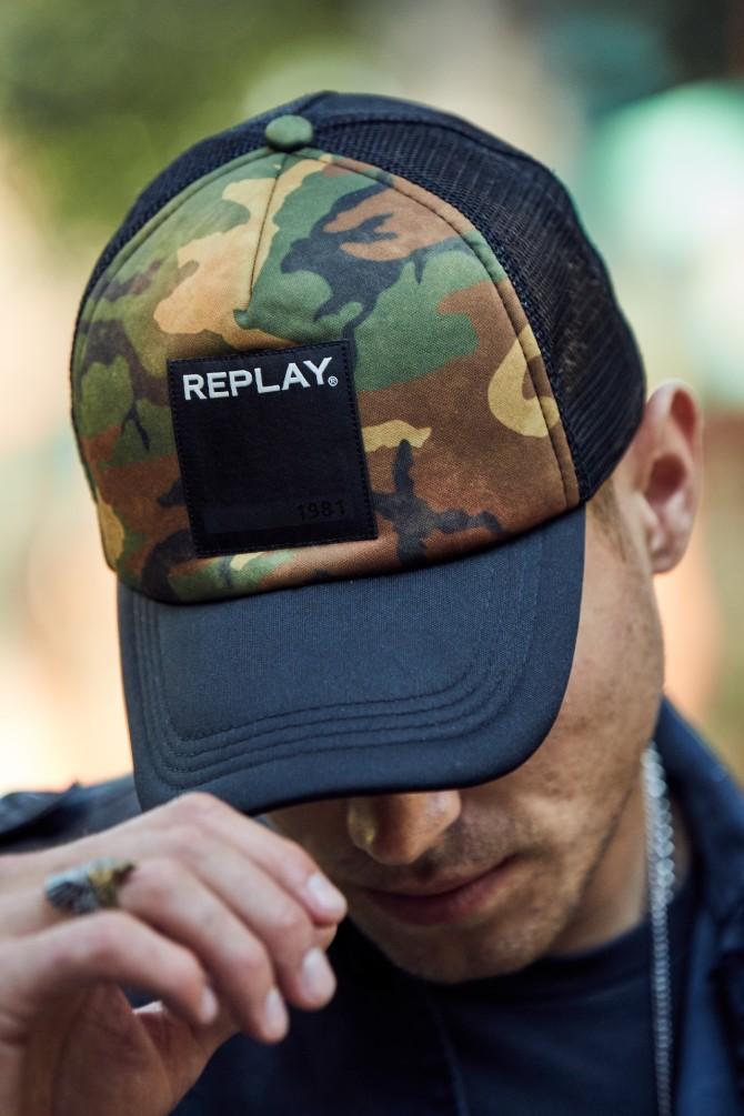 Replay aksesoar Top letnji dodaci za nju i njega 26 Replay aksesoar: Top letnji dodaci za nju i njega