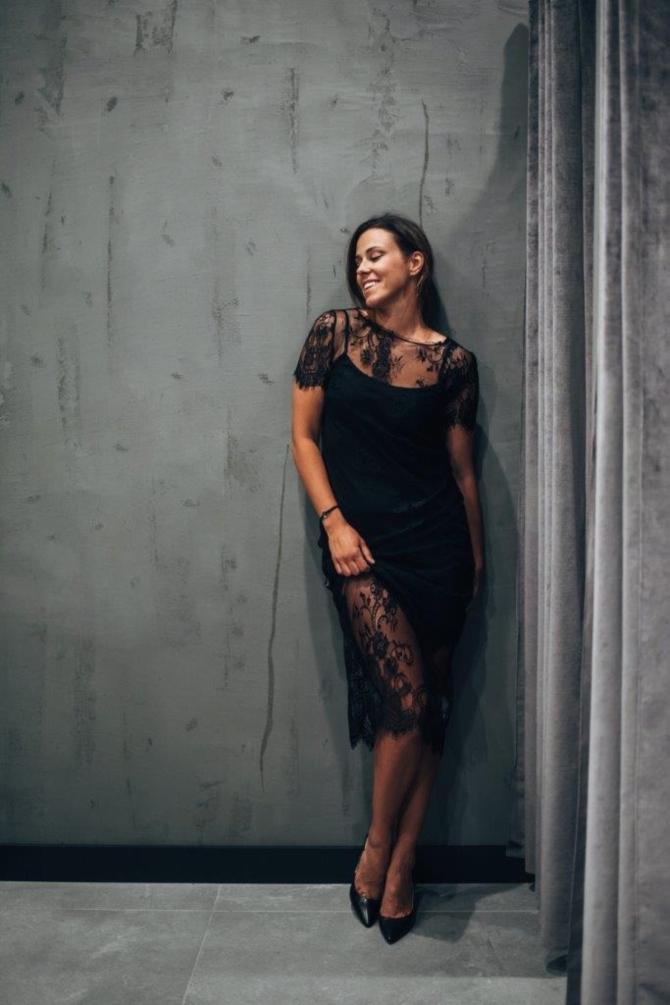 Simpatična zadarska pevačica Natali Dizdar posetila je novootvoreni FashionFriends store u Zadru i uživala u letnjem šopingu 2 Simpatična zadarska pevačica Natali Dizdar posetila je novootvoreni Fashion&Friends store u Zadru i uživala u letnjem šopingu