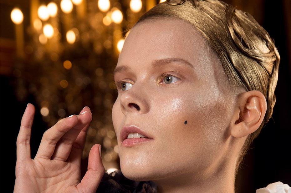 glow gallery 1 MAC kozmetika najavljuje beauty trendove i ove sezone!