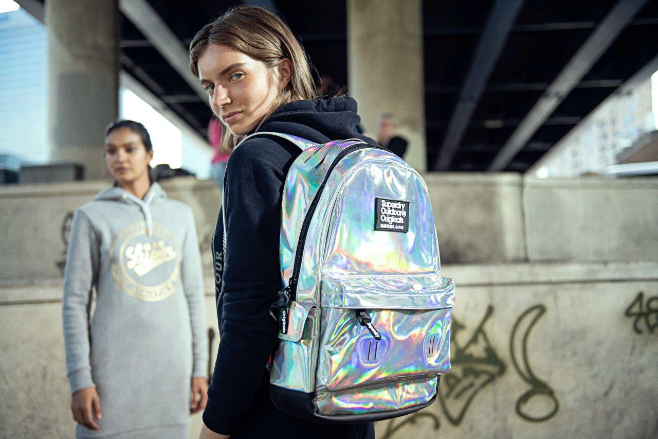 CR11726 AW18 Back To School W HERO BAG 01 MB 5 F SUPERDRY   kolekcija za povratak u školu