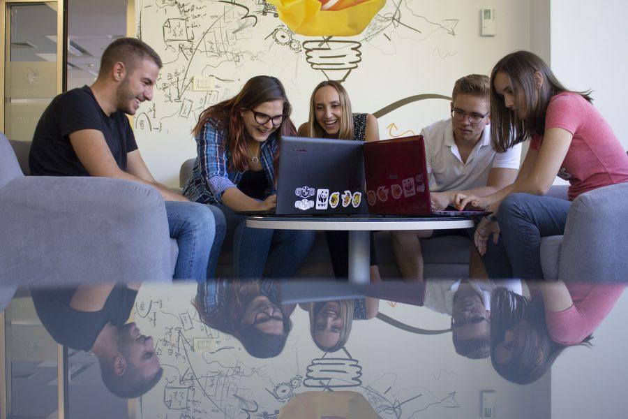 IMG 7088 e1539248704617 Prvo programersko takmičenje koje se bavi veštačkom inteligencijom   AIBG Belgrade