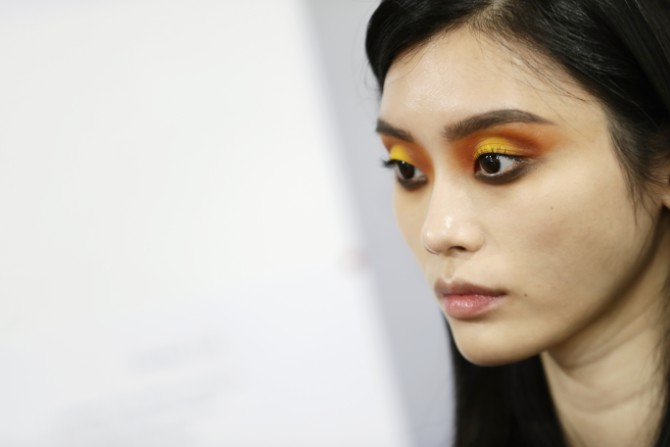 LOREALDEFILE BACKSTAGEPICTURES ZUNINO Crédit Getty Images LE DÉFILÉ LORÉAL PARIS: Prva modna revija na reci Seni, otvorena za sve!
