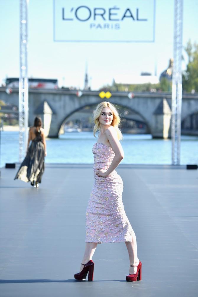 LOREAL Classic LeSegretain Elle Fanning110 LE DÉFILÉ LORÉAL PARIS: Prva modna revija na reci Seni, otvorena za sve!