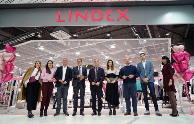 Početak kampanje Pink 2018 e1540468289443 Lindex sa svojim kupcima nastavlja zajedničku borbu protiv raka dojke