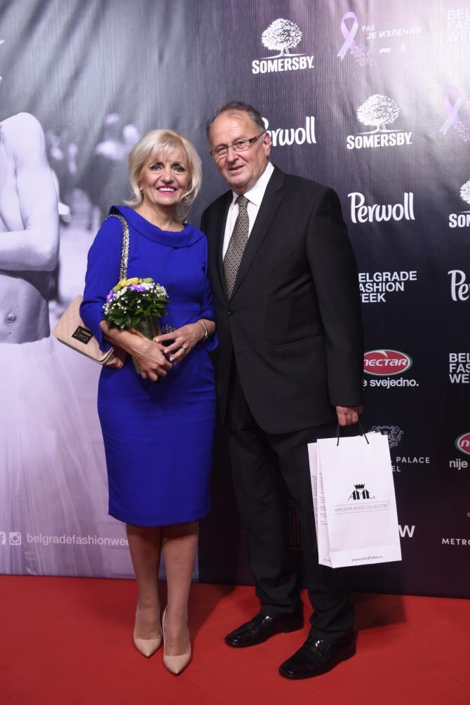 afrodita bajic sa suprugom 1 Srpski modni brendovi i samostalni autori otvorili Beogradsku nedelju mode