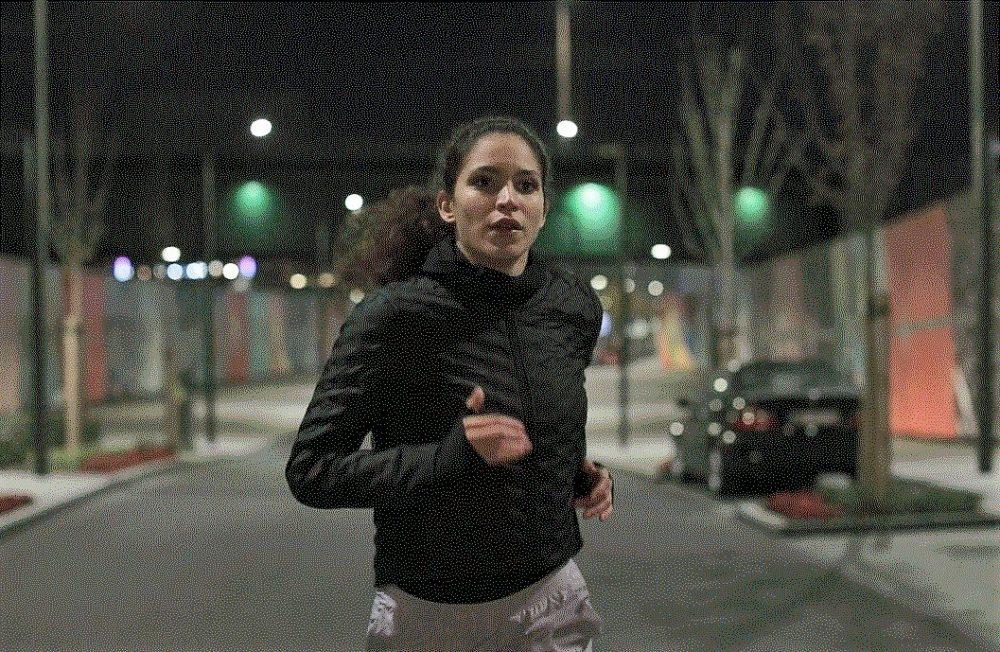 1 e1544110985120 Dvoje trkača osvojilo grad uprkos mraku i kiši. I sve zabeležili fantastičnim videom!