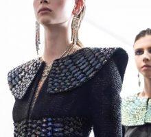 Chanel vs. Versace, Stari Egipat vs. čuveni hitovi devedesetih