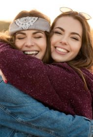 5 načina kako da boostuješ svoju BFF da ima više samopouzdanja