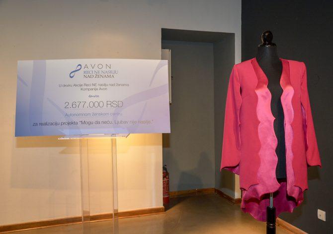 Kompanija Avon uručila donaciju Autonomnom ženskom centru za realizaciju projekta Mogu da neću 2 e1551870864783 Znanjem i osnaživanjem u borbi protiv nasilja nad ženama